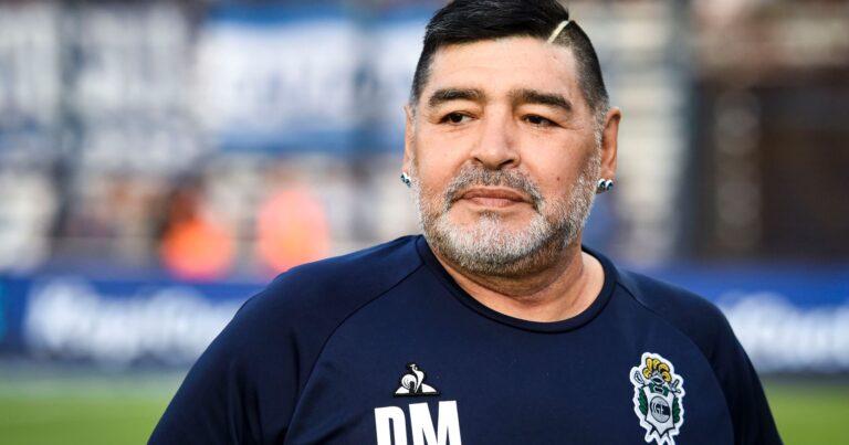 "Ce avere avea ,,Zeul de la Napoli"", Diego Maradona"